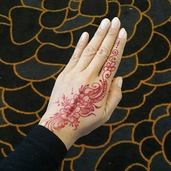 henna cropped