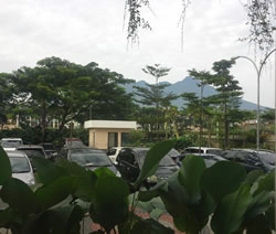 Gunung Salak, dari lobby